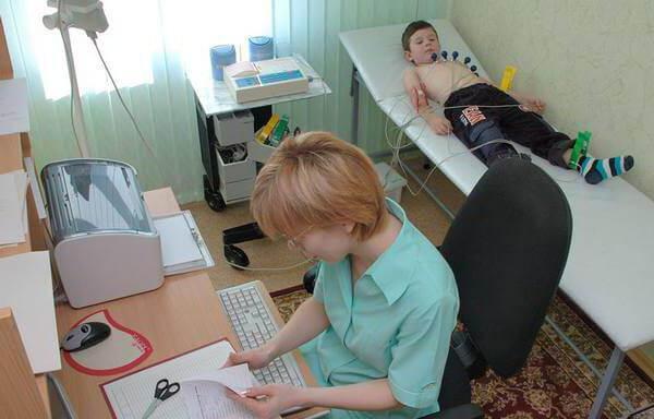 Причины синусовой аритмии у детей и подростков